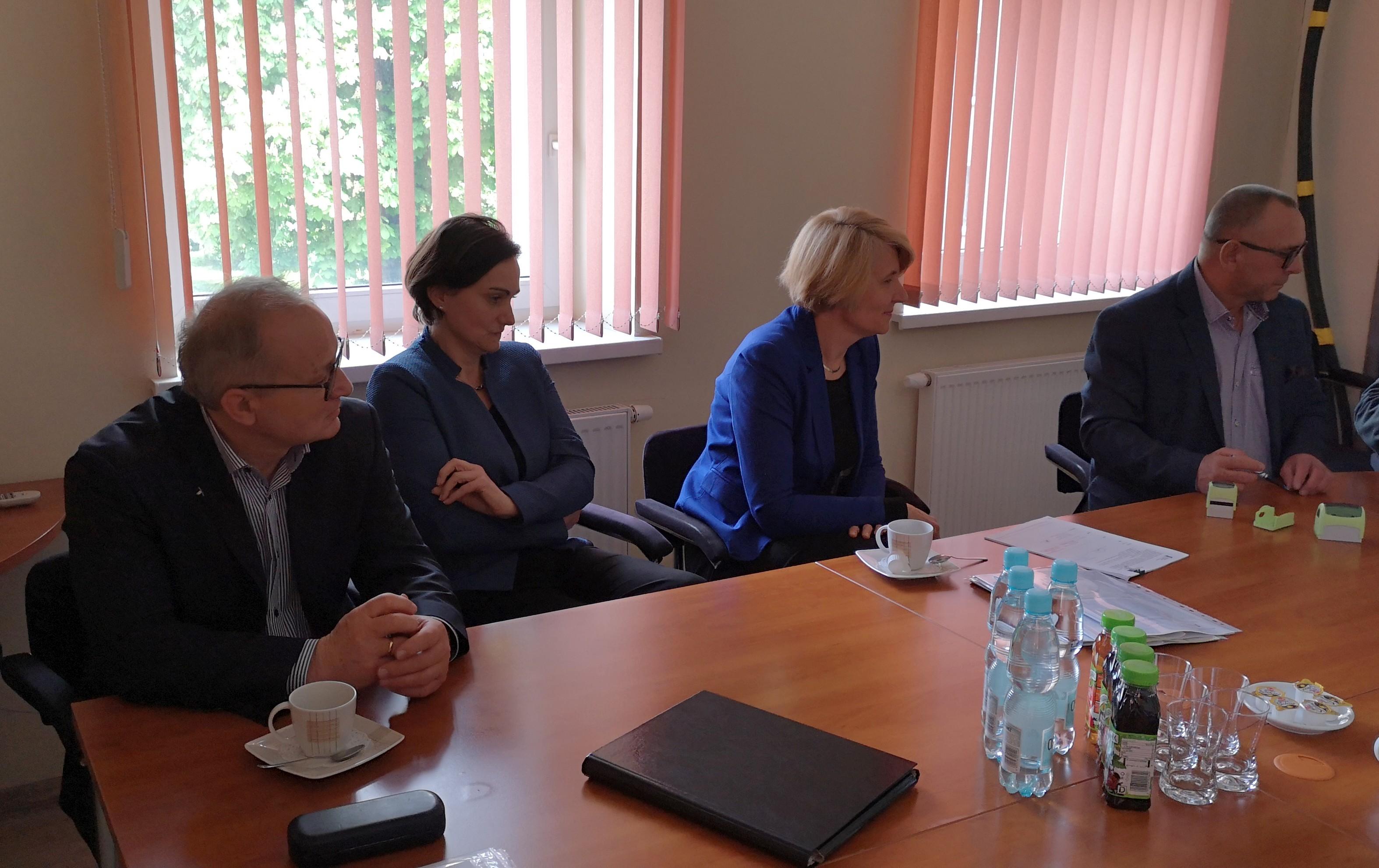 Podpisanie umowy na modernizację sieci wodociągowej na obszarze Czechowic-Dziedzic Północ -cz.2